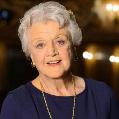 Angela Lansbury in Mary Poppins Returns!