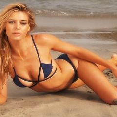Kelly Rohrbach è C.J. in Baywatch
