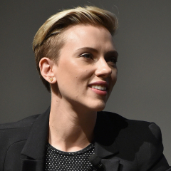 Scarlett Johansson accusa James Franco